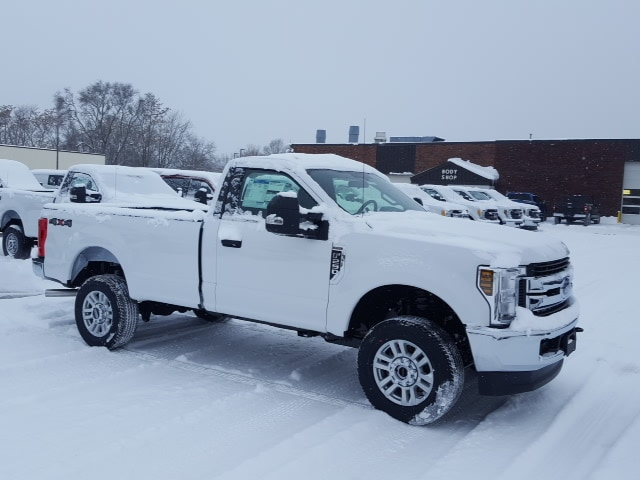 2018 F-250 Regular Cab 4x4, Pickup #18T371 - photo 4