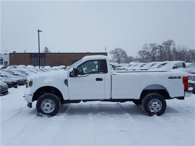 2018 F-250 Regular Cab 4x4, Pickup #18T427 - photo 8