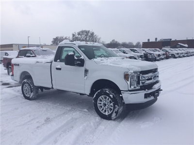 2018 F-250 Regular Cab 4x4, Pickup #18T469 - photo 4