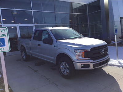 2018 F-150 Super Cab 4x4, Pickup #18T758 - photo 3