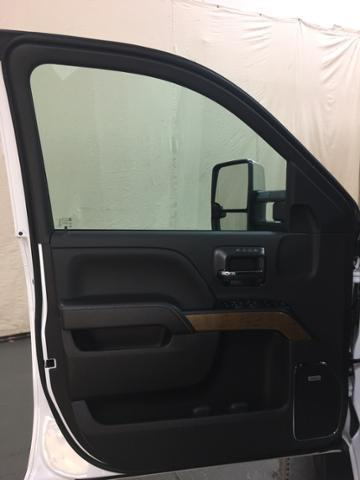 2019 Silverado 2500 Crew Cab 4x4,  Pickup #128018 - photo 11