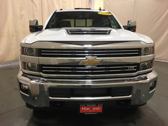 2019 Silverado 2500 Crew Cab 4x4,  Pickup #128018 - photo 4