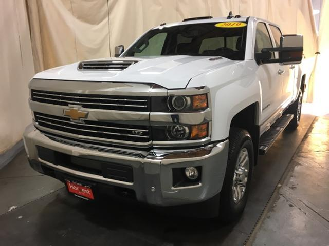 2019 Silverado 2500 Crew Cab 4x4,  Pickup #128018 - photo 3