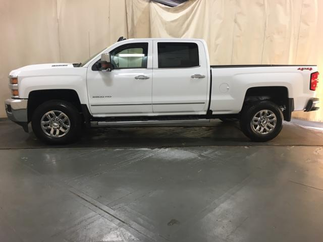 2019 Silverado 2500 Crew Cab 4x4,  Pickup #128018 - photo 5