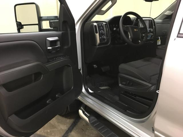 2019 Silverado 2500 Double Cab 4x4,  Pickup #133370 - photo 7