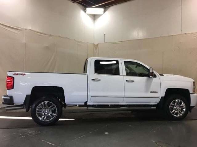 2019 Silverado 2500 Crew Cab 4x4,  Pickup #143185 - photo 8