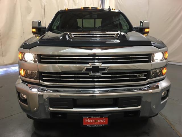 2019 Silverado 2500 Crew Cab 4x4,  Pickup #149684 - photo 4