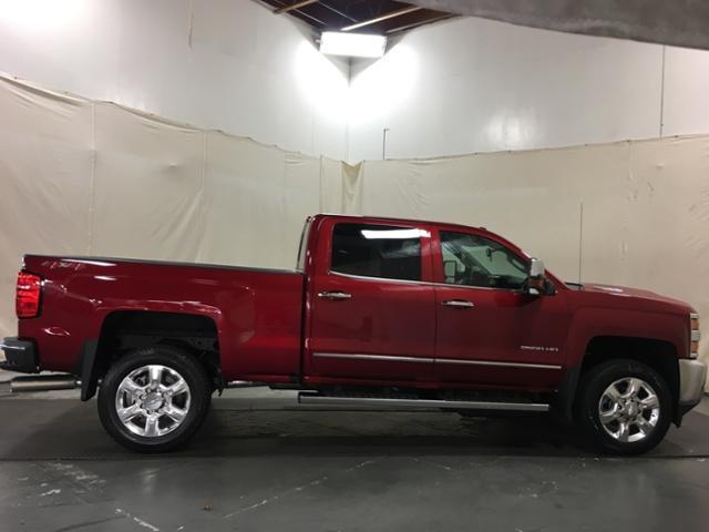 2019 Silverado 2500 Crew Cab 4x4,  Pickup #150639 - photo 8