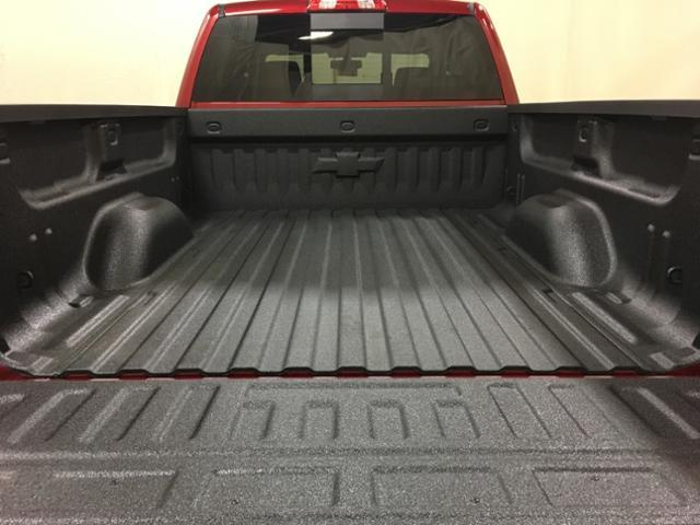 2019 Silverado 2500 Crew Cab 4x4,  Pickup #150639 - photo 11