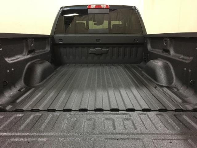 2019 Silverado 2500 Crew Cab 4x4,  Pickup #151108 - photo 11
