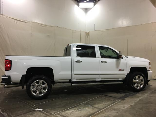 2019 Silverado 2500 Crew Cab 4x4,  Pickup #152250 - photo 8