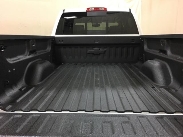 2019 Silverado 2500 Crew Cab 4x4,  Pickup #152250 - photo 11