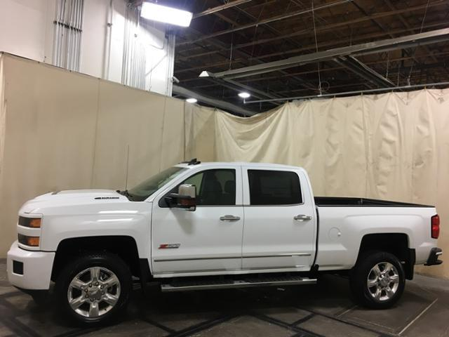 2019 Silverado 2500 Crew Cab 4x4,  Pickup #152250 - photo 3
