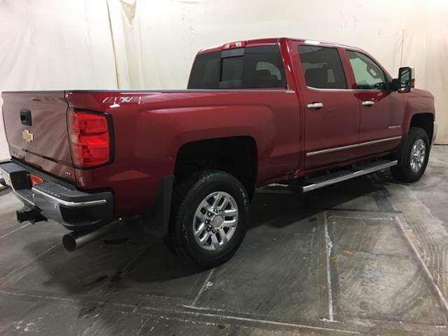 2019 Silverado 2500 Crew Cab 4x4,  Pickup #157591 - photo 8
