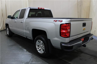 2018 Silverado 1500 Double Cab 4x4,  Pickup #252459 - photo 2