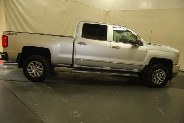 2018 Silverado 2500 Crew Cab 4x4,  Pickup #257275 - photo 8