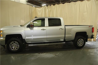 2018 Silverado 2500 Crew Cab 4x4,  Pickup #257275 - photo 6
