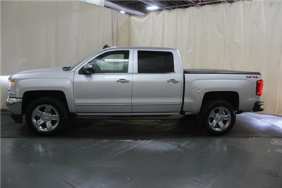 2018 Silverado 1500 Crew Cab 4x4,  Pickup #370338 - photo 4