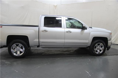 2018 Silverado 1500 Crew Cab 4x4,  Pickup #370338 - photo 7
