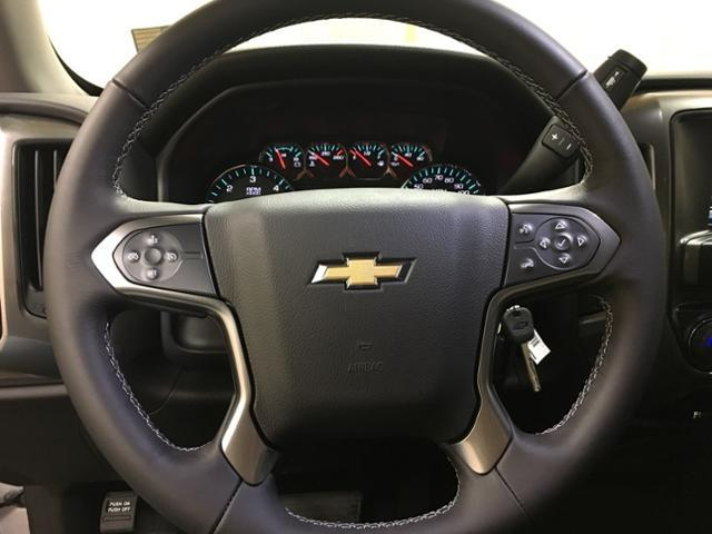 2018 Silverado 1500 Crew Cab 4x4,  Pickup #473557 - photo 13