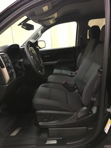 2018 Silverado 1500 Crew Cab 4x4,  Pickup #513382 - photo 11
