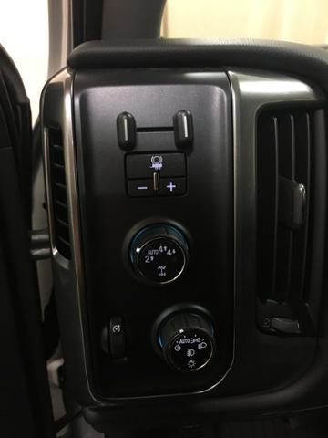 2018 Silverado 1500 Crew Cab 4x4,  Pickup #519601 - photo 15