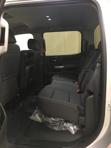 2018 Silverado 1500 Crew Cab 4x4,  Pickup #546479 - photo 23