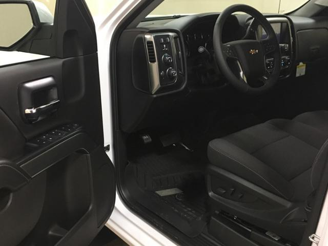 2018 Silverado 1500 Crew Cab 4x4,  Pickup #559150 - photo 14