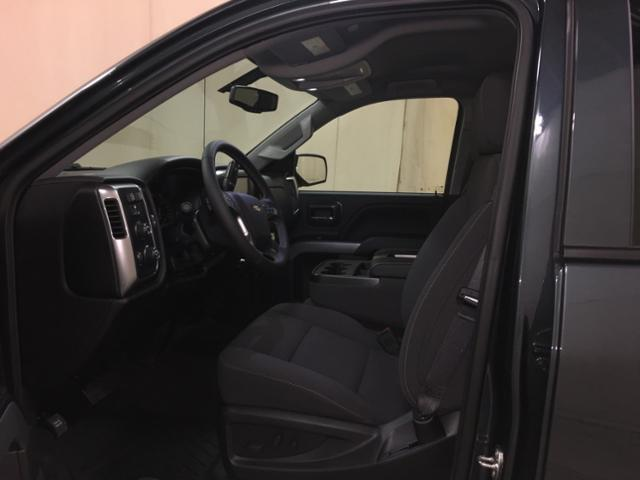 2018 Silverado 1500 Crew Cab 4x4,  Pickup #559262 - photo 17