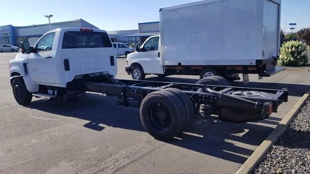 2019 Chevrolet Silverado 5500 Regular Cab DRW 4x2, Cab Chassis #811480 - photo 2