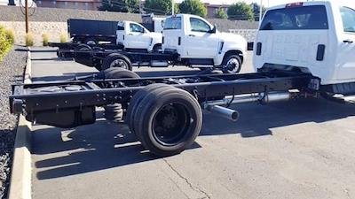 2019 Chevrolet Silverado 5500 Regular Cab DRW 4x2, Cab Chassis #811480 - photo 11