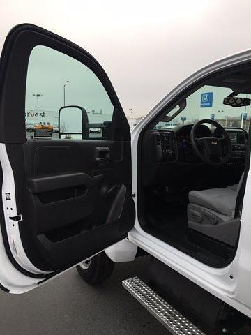 2020 Chevrolet Silverado 4500 Regular Cab DRW 4x2, Rugby Platform Body #F229470 - photo 14