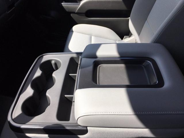 2020 Chevrolet Silverado 4500 Regular Cab DRW 4x2, Rugby Platform Body #F229470 - photo 24
