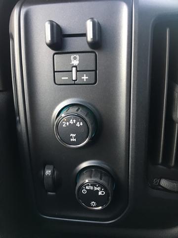 2020 Chevrolet Silverado 5500 Regular Cab DRW 4x4, Landscape Dump #F356012 - photo 17