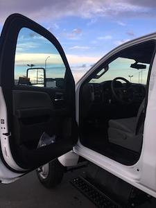 2020 Chevrolet Silverado 5500 Regular Cab DRW 4x4, Landscape Dump #F356012 - photo 15
