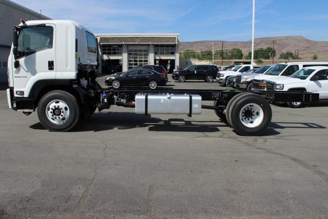 2019 LCF 6500XD Regular Cab 4x2,  Cab Chassis #G00023 - photo 6