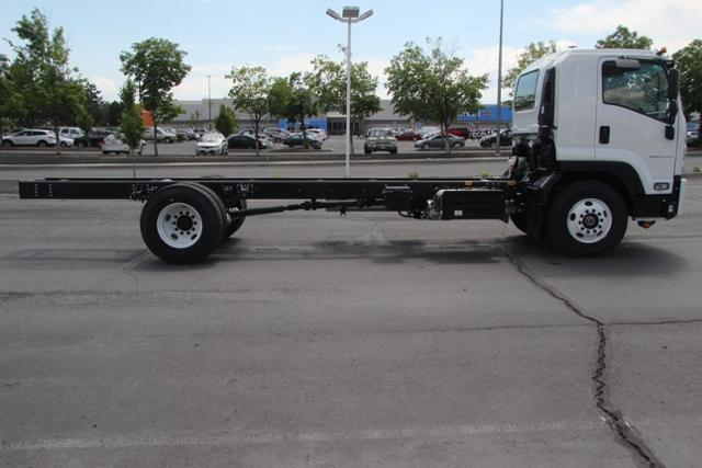 2019 LCF 6500XD Regular Cab 4x2,  Cab Chassis #G00118 - photo 12