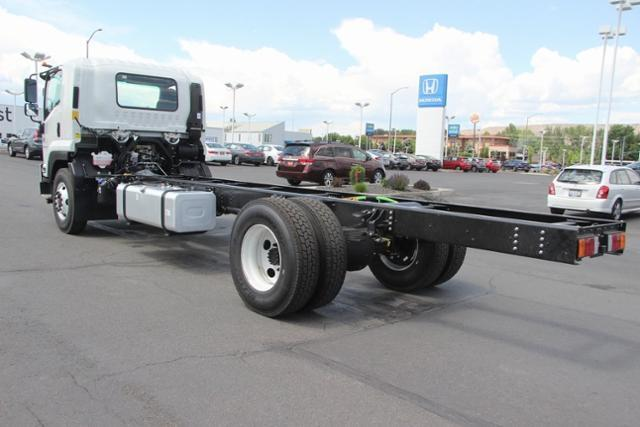 2019 LCF 6500XD Regular Cab 4x2,  Cab Chassis #G00118 - photo 2