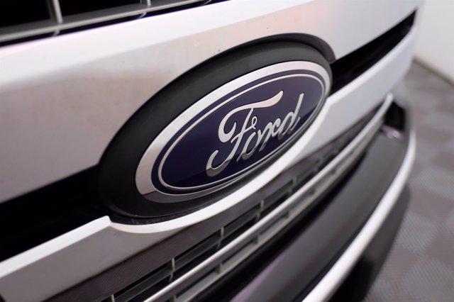 2020 Ford F-150 SuperCrew Cab 4x4, Pickup #F0268D - photo 20