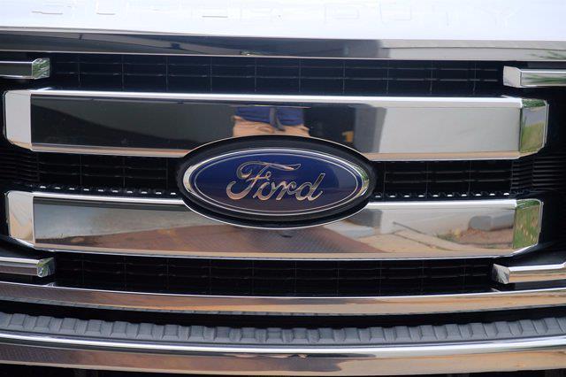 2016 Ford F-250 Crew Cab 4x4, Pickup #F100552 - photo 12