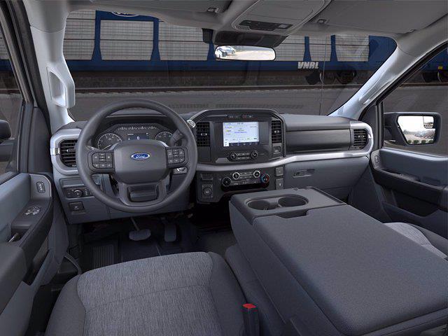 2021 Ford F-150 Regular Cab 4x4, Pickup #F10290 - photo 9