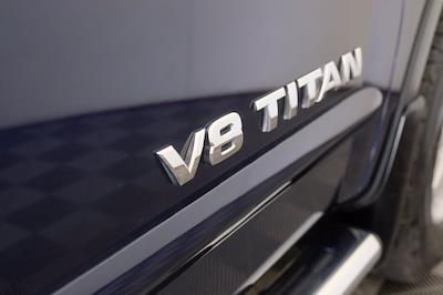 2011 Nissan Titan Crew Cab 4x4, Pickup #F103971 - photo 8