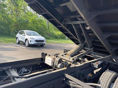 2019 Ford F-550 Crew Cab DRW 4x4, Reading Landscaper SL Landscape Dump #F1090P - photo 26