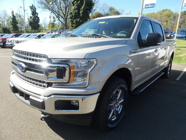 2018 F-150 Crew Cab 4x4, Pickup #F80029 - photo 4
