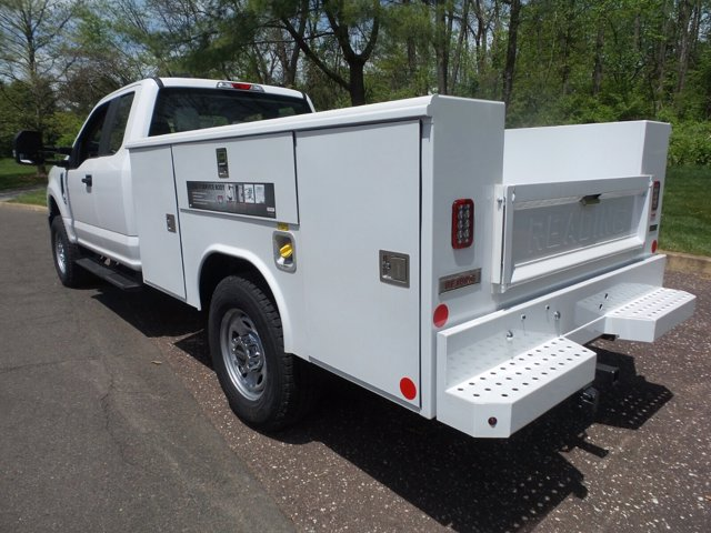 2020 Ford F-350 Super Cab 4x4, Reading Classic II Steel Service Body #FU0175 - photo 2