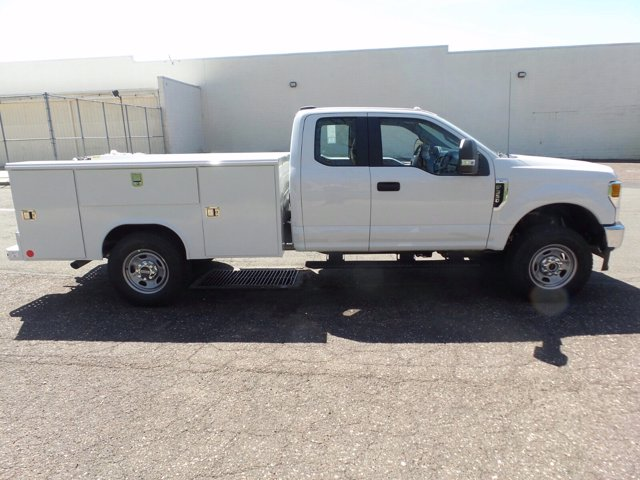 2020 F-350 Super Cab 4x4, Reading Classic II Steel Service Body #FU0241 - photo 5