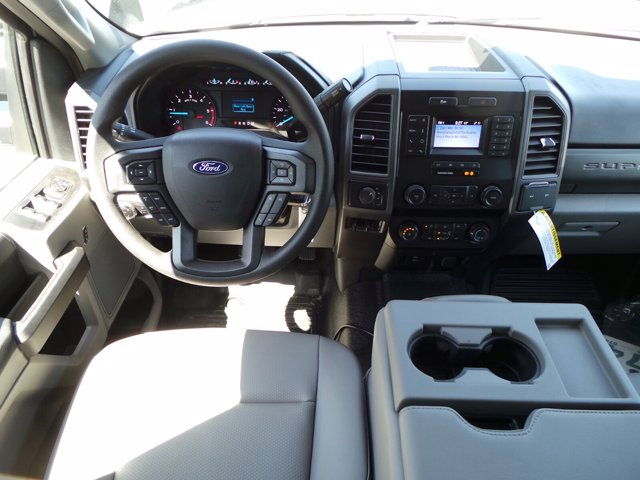 2020 Ford F-550 Crew Cab DRW 4x4, Reading Landscaper SL Landscape Dump #FU0267 - photo 13