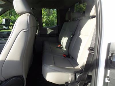 2020 Ford F-550 Super Cab DRW 4x4, Reading Landscaper SL Landscape Dump #FU0268 - photo 8