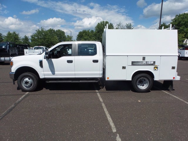 2020 Ford F-350 Crew Cab DRW 4x4, Reading Service Body #FU0291 - photo 8
