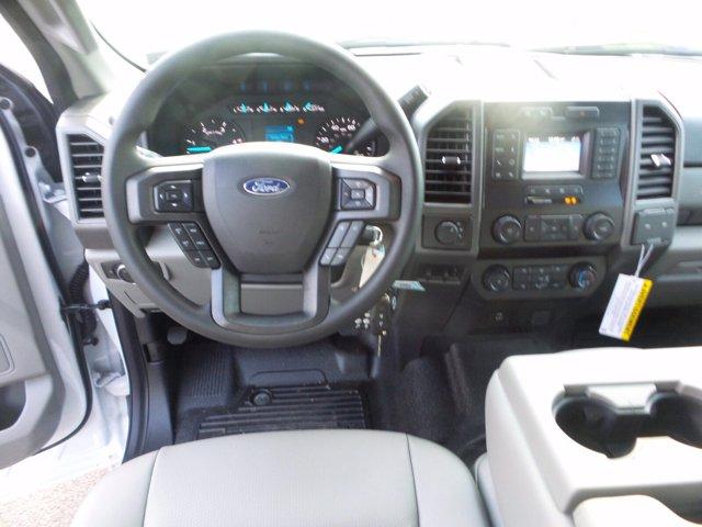 2020 Ford F-550 Super Cab DRW 4x4, Reading Landscaper SL Landscape Dump #FU0551 - photo 11